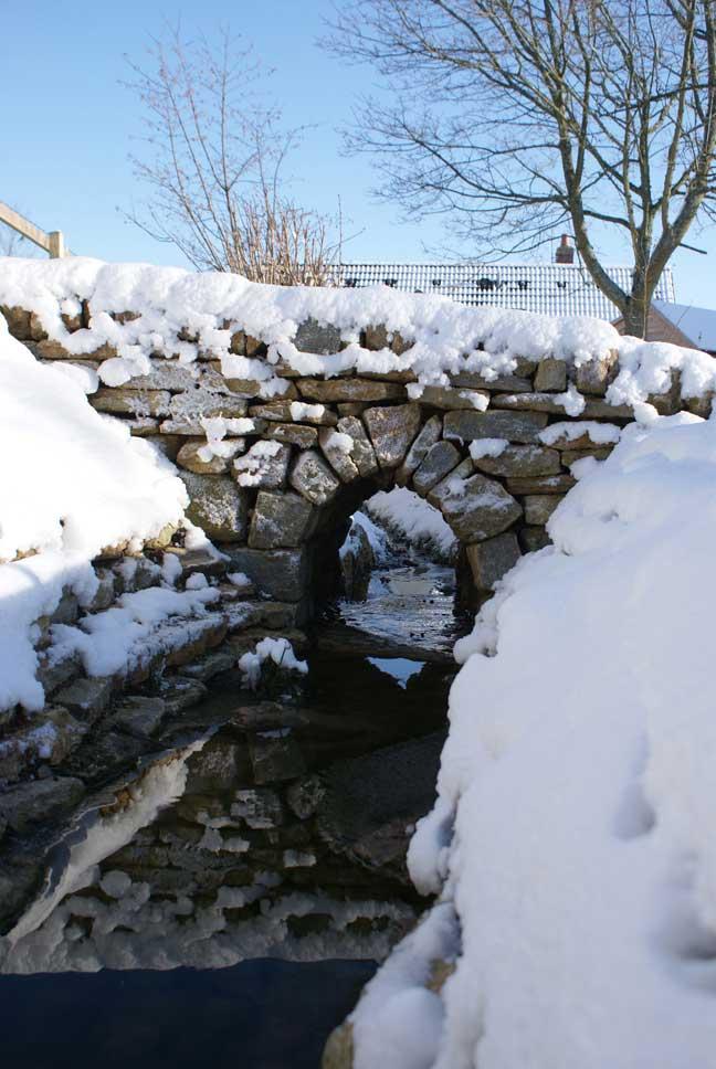dry-stone-bridge-2