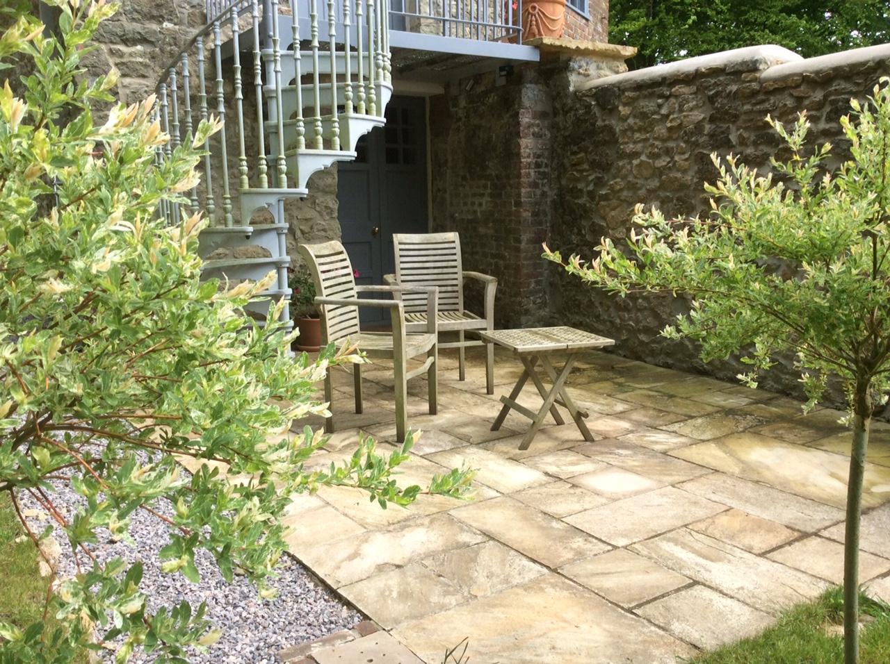 wiltshire-patio